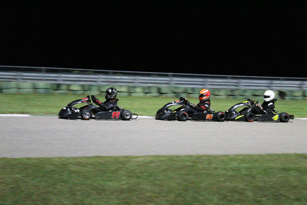 Mason Donahue (18) leads Junior competitors at Kershaw (Kart Lounge photo)